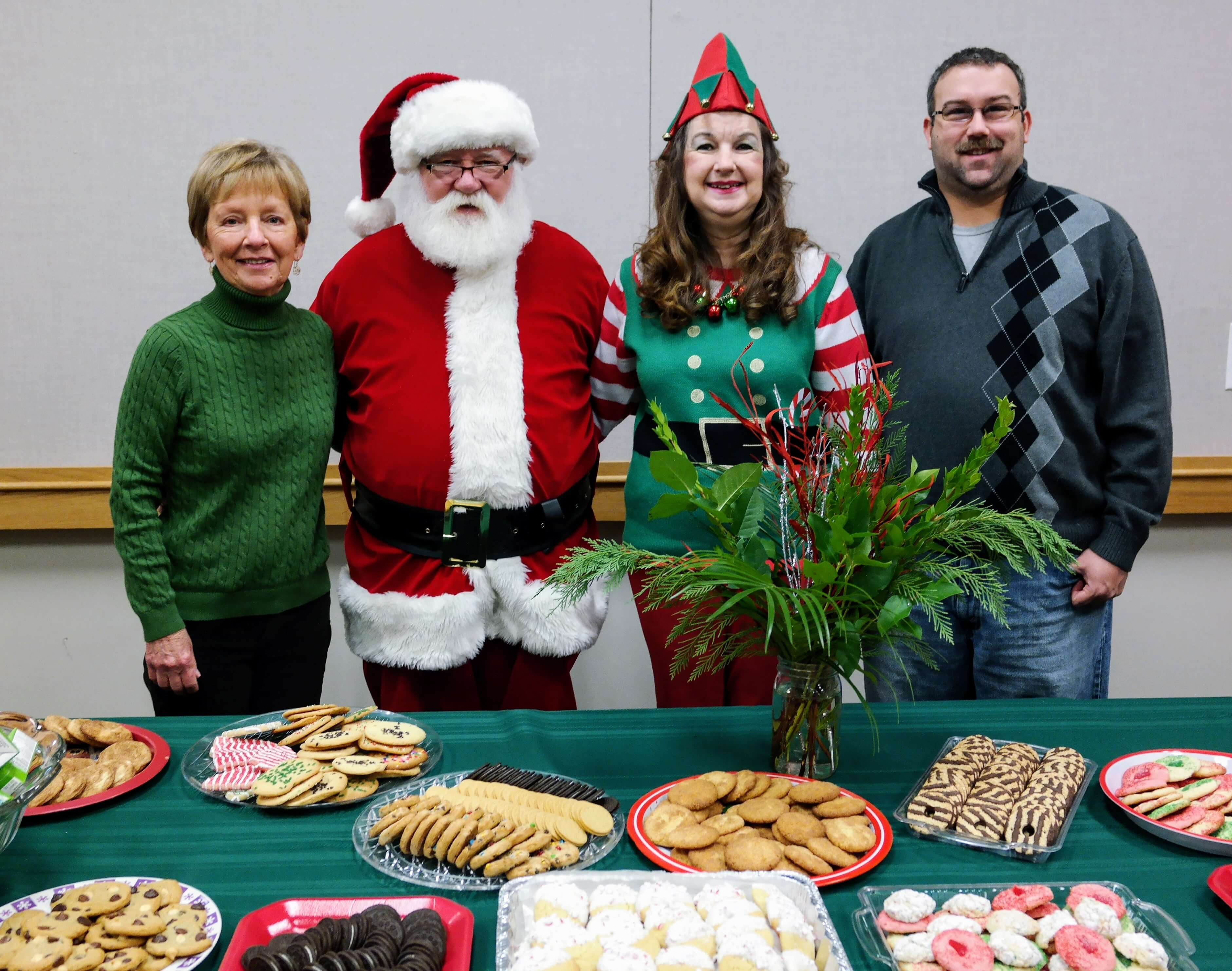 Our great volunteers donated cookies and juice for the children to have after meeting Santa